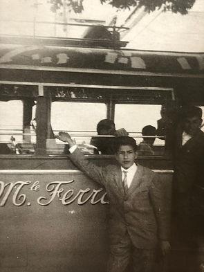 Una gita a Pompei con il giovane Angelo Ferrazza nel 1953 Con un Fiat 640 della Carrozzeria Garavini